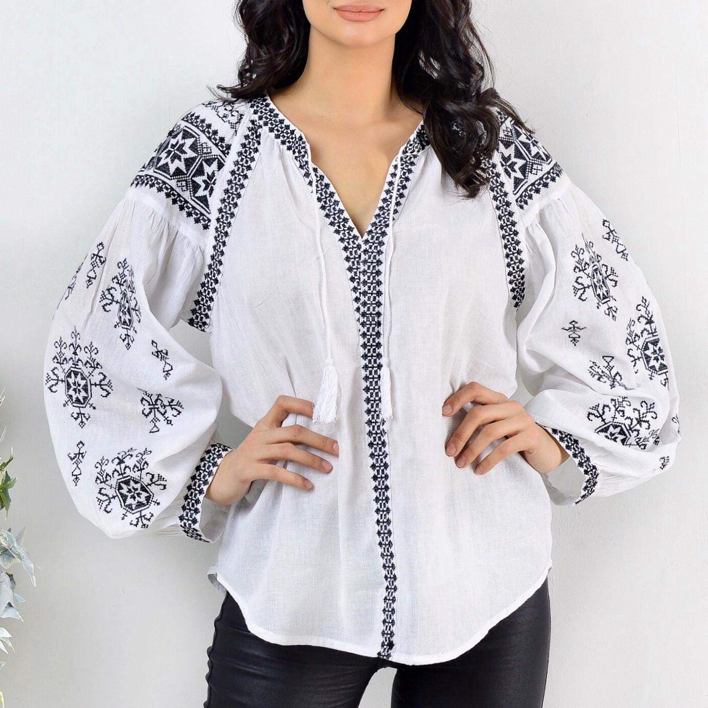 Bluza Traditionala brodata - Ilinca 02