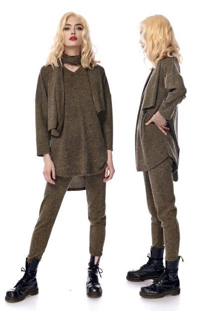 Compleu kaki din tricot format din pulover