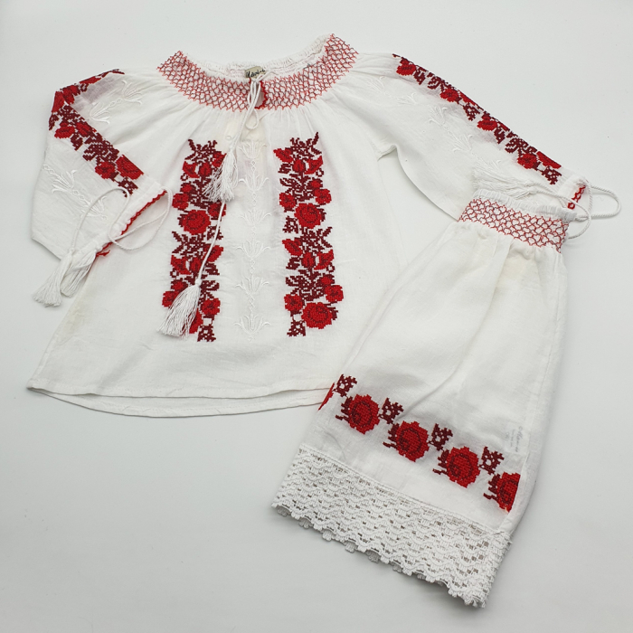 Compleu traditional fetite Anina 3