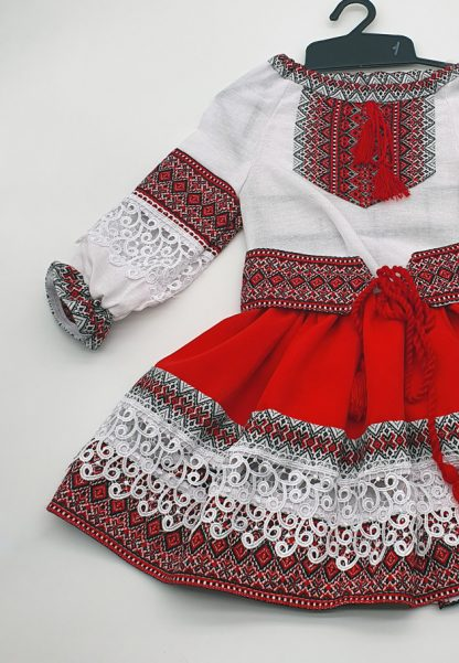 Compleu traditional fetite Natalia 6