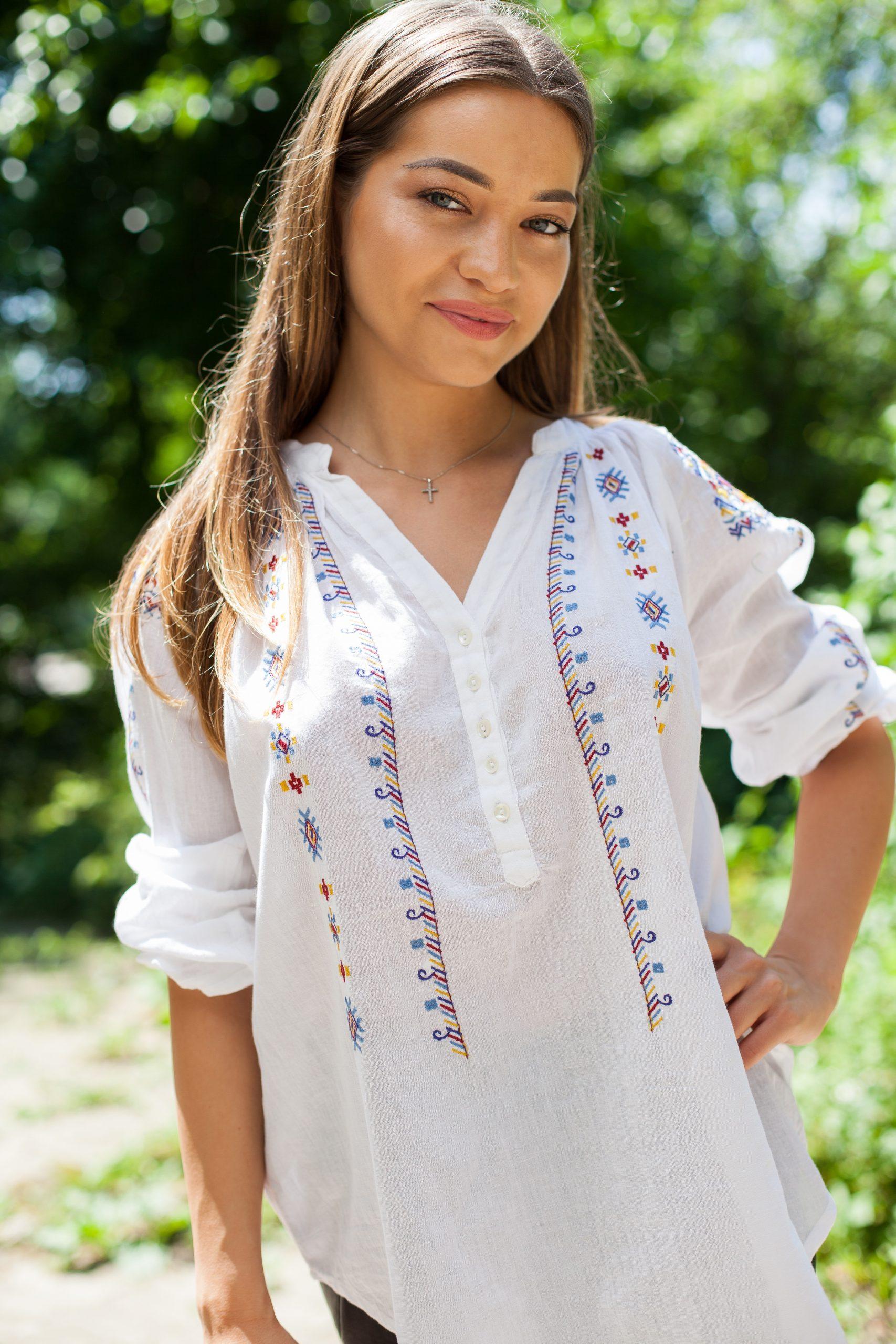 IE Traditionala - Nicole