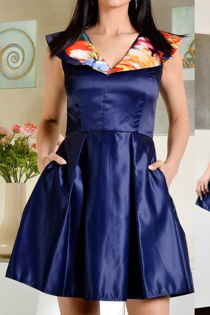Rochie bleumarin din satin cu buzunare si guler inflorat