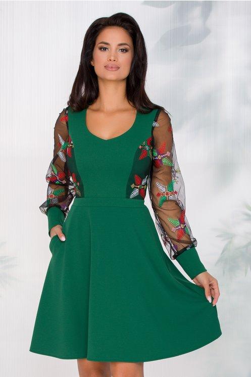 Rochie Carolina verde cu broderie traditionala