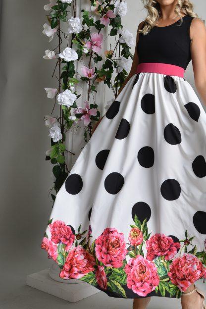 Rochie lunga vaporoasa cu buline si print floral