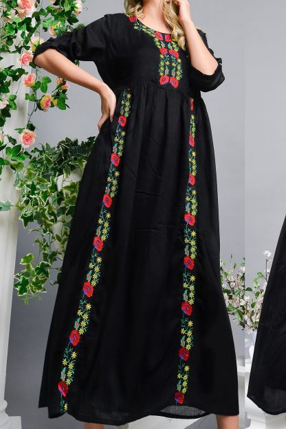 Rochie Nationala lunga neagra cu broderie florala - Ruxandra 02