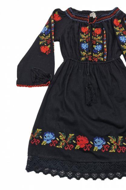 Rochie traditionala fetite Anabela 2