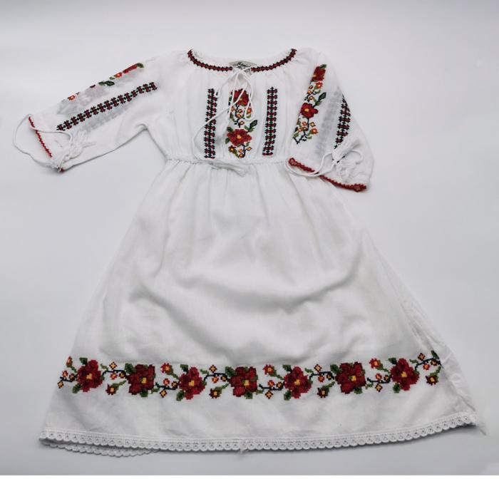 Rochie traditionala fetite Alberta