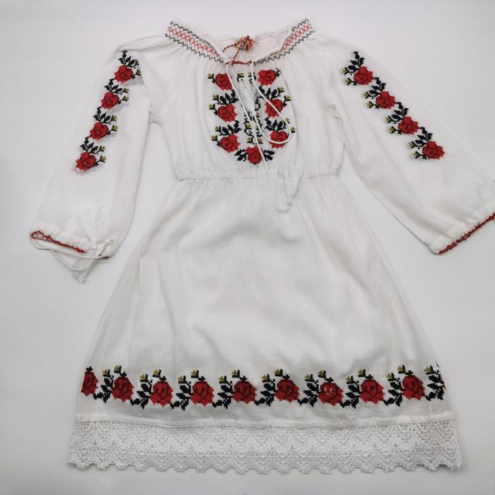 Rochie traditionala fetite Georgeta