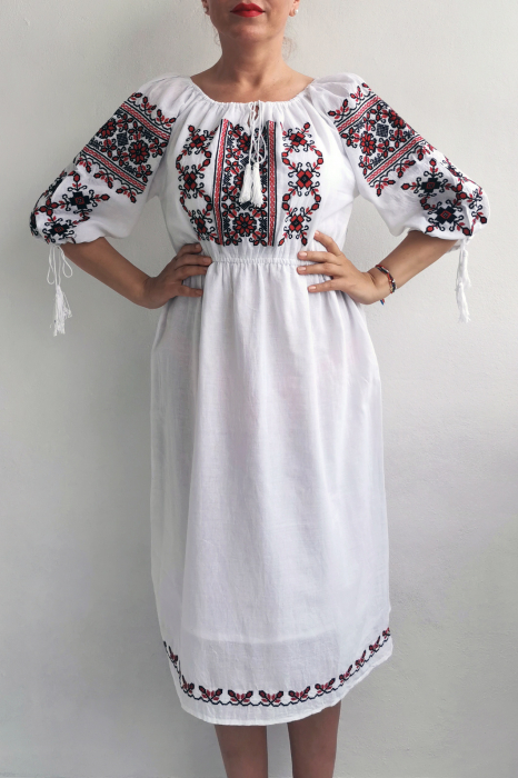 Rochie Traditionala Eleonor