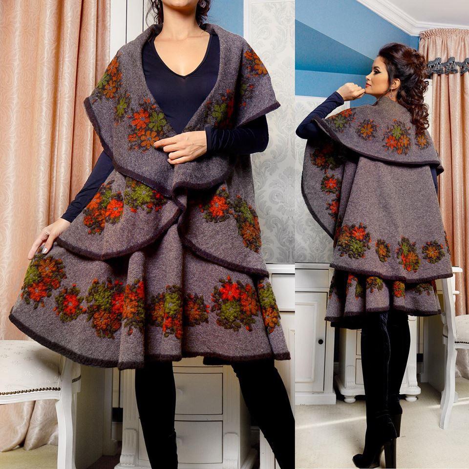 Set compus din vesta si fusta din lana - gri maroniu