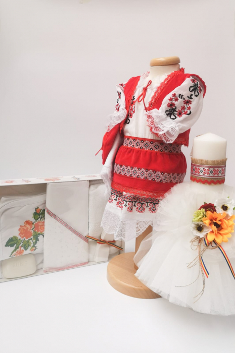 Set Traditional Botez Costumas fetita Trusou Lumanare 4