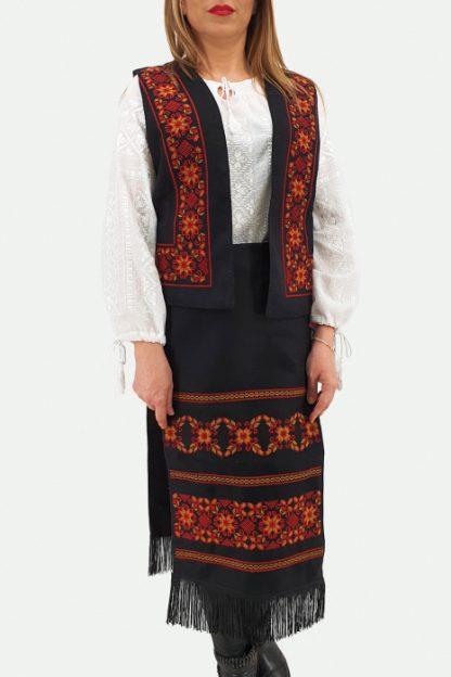 Costum Traditional Vesta si 2 Fote brodate cu model traditional