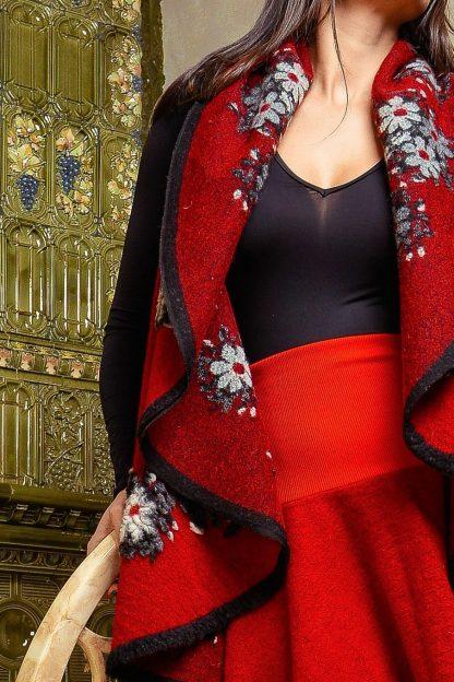Vesta din lana - rosie