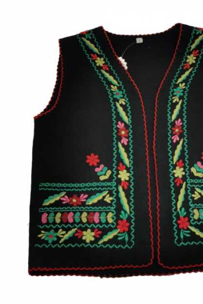 Vesta traditionala fetite 3